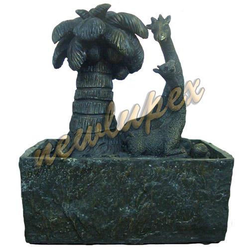 Fontana zen orientale in resina con palma e giraffa cod f for Fontana zen